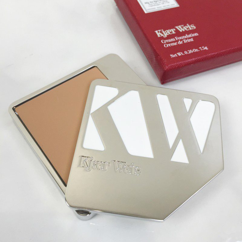 kjaer weis just sheer foundation