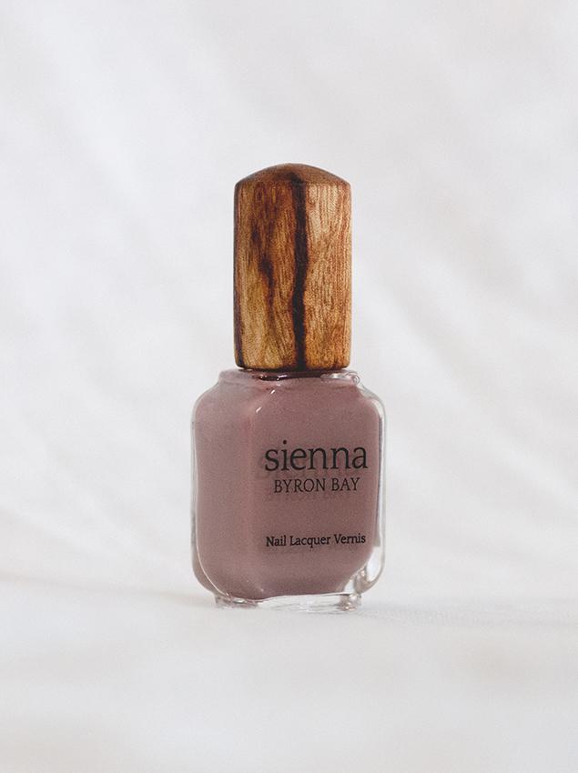 Sienna Byron Bay 7 Free Polish In Nurture Organic Bunny
